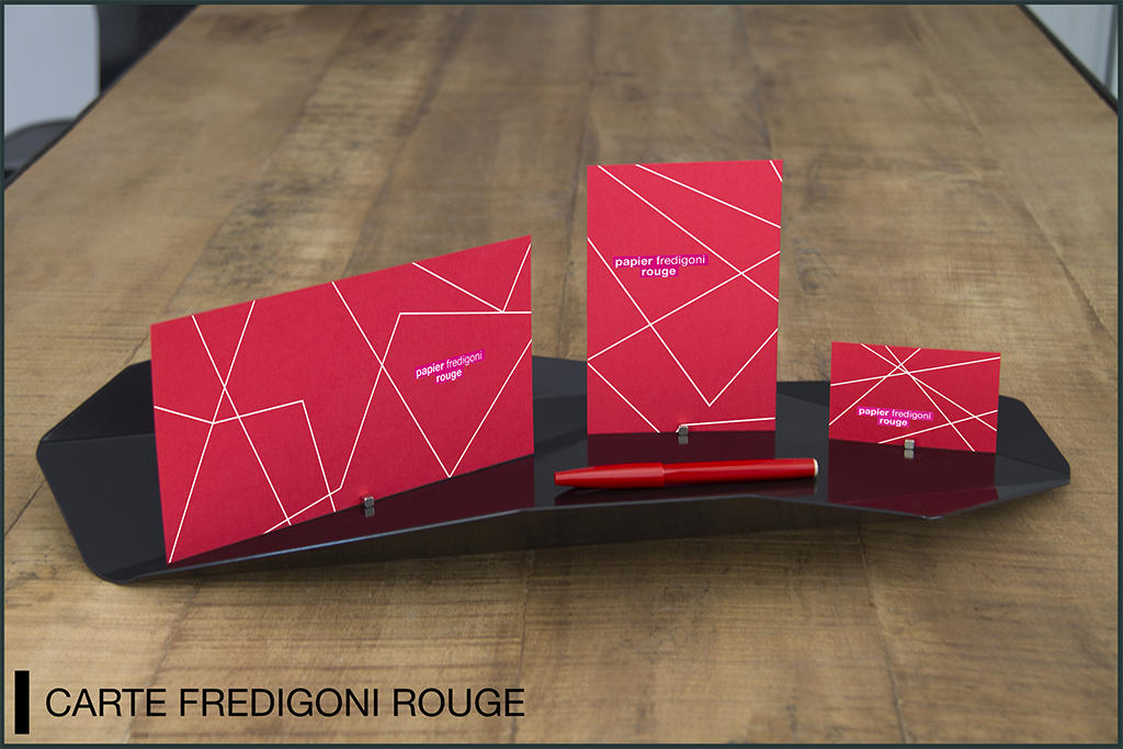 mockup carte rouge