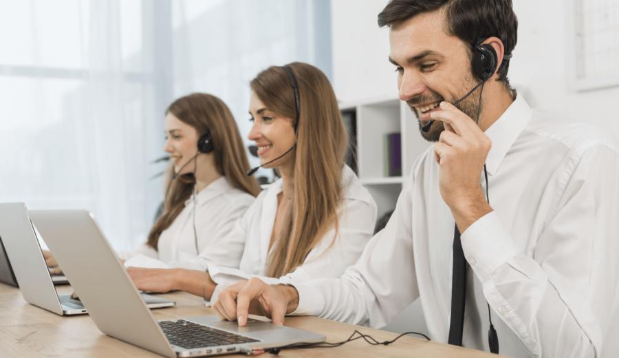 equipe service clients revendeurs