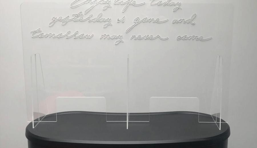 plaque de protection en plexiglas pour comptoir format double